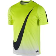 Футболка Nike Graphic Flash Short-Sleeve Shirt III 645273-702